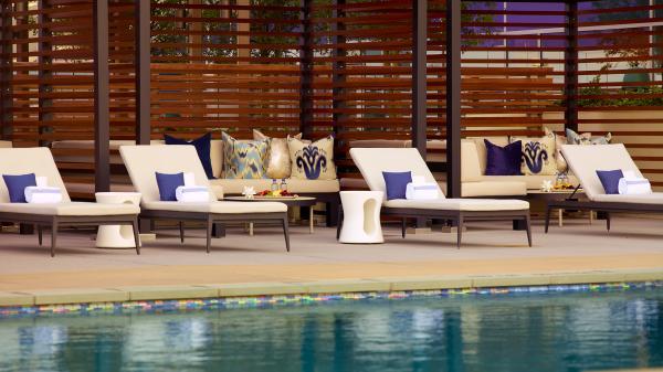Omni - Pool Cabanas