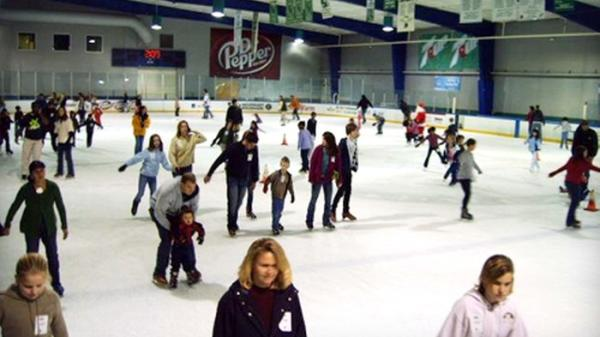 Slider: Ice Skating