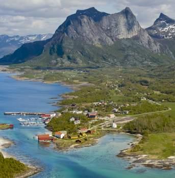 Kjerringøy, view on the mountains