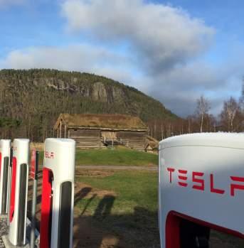 Tesla charging station Bygland