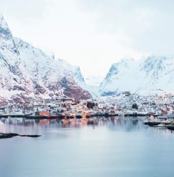 Sunrise at Reine Lofoten