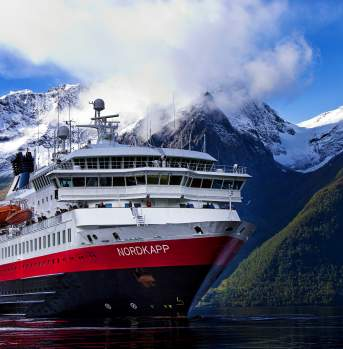 Hurtigruten on the Hjorundfjorden