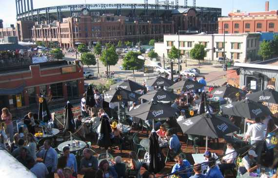 Lodo Rooftop Patio Crowd