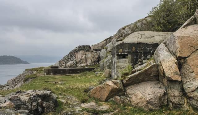 Hausvik Fort Lyngdal Norway