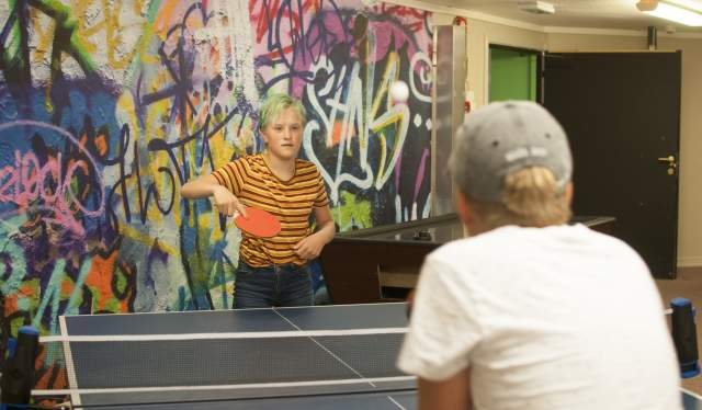Playing table tennis at Scandic Sørlandet