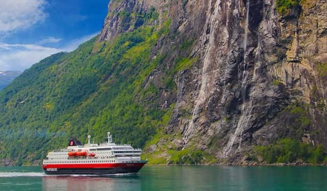 Le navire MS Nordlys à Geiranger