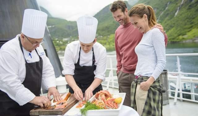 Expérience culinaire norvégienne à bord de Hurtigruten