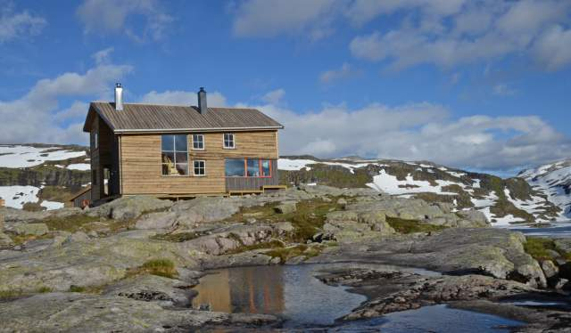 Gullhorgabu, Bergsdalen
