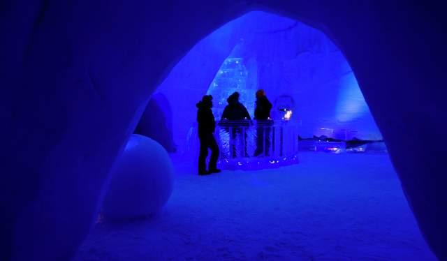 People in the snow hotel in Kirkenes