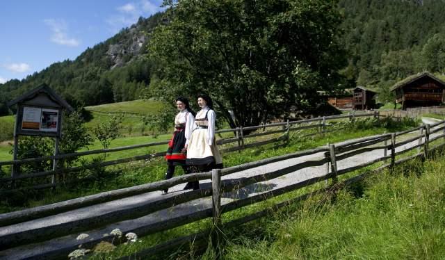 Rygnestadtunet, Valle