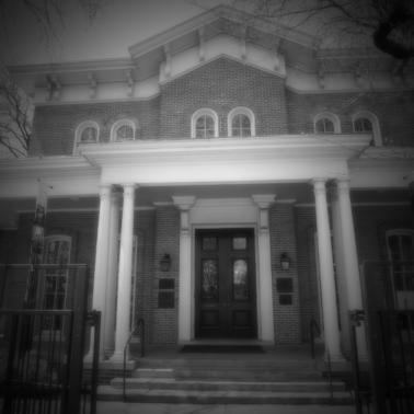 3 Haunted Yet History-Filled Chicago Places You'll Want to Visit This October in Chicago