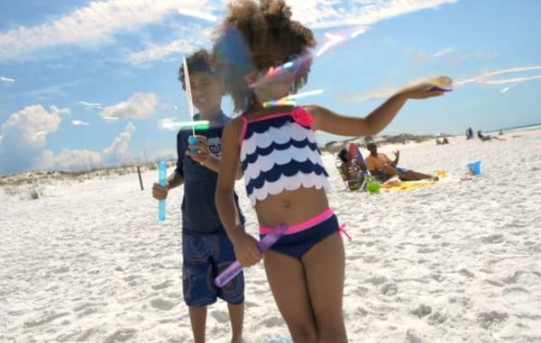 Video Thumbnail - vimeo - Beach_7_Kids