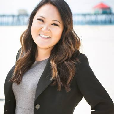 Jennifer Tong formal headshot 2016