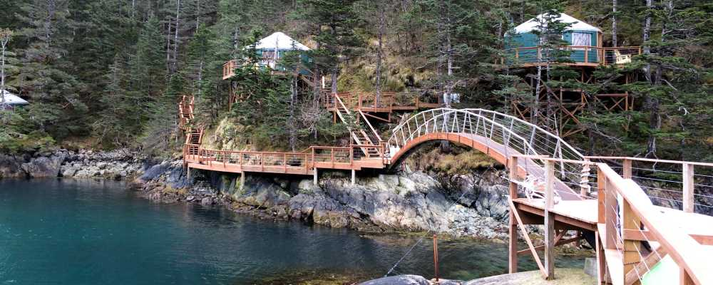 htm thumb adventure lodges and cabin ak rooms guest canyon homer alaska cabins at in our