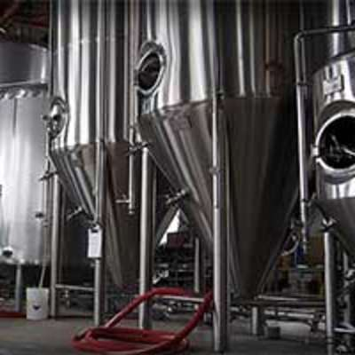 Brew tanks Rivertowne Brewing