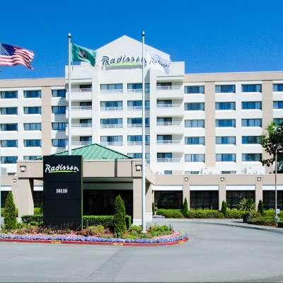 Radisson Hotel Gateway Seattle Tacoma AirportExterior