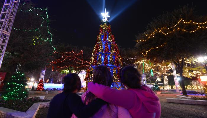 Auto One Arlington Tx >> 12 Holiday Events in Arlington in 2015