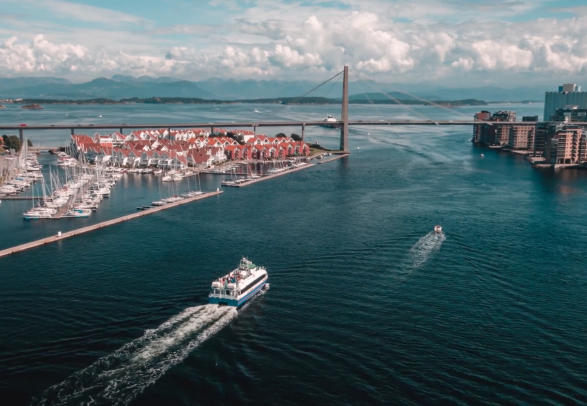 A ferry sailing towards Stavanger city centre