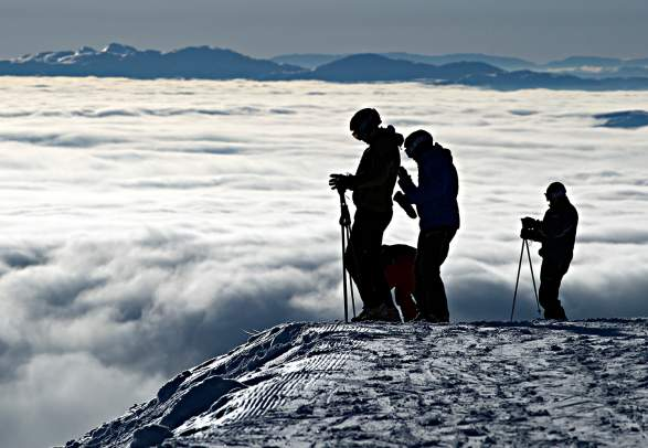 Skiing above the clouds in Norefjell