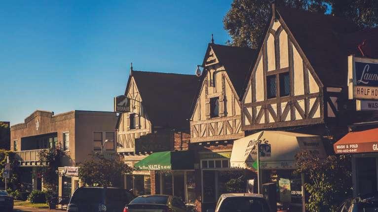 Glenview Neighborhood