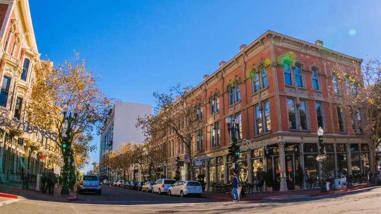 Old Oakland Neighborhood