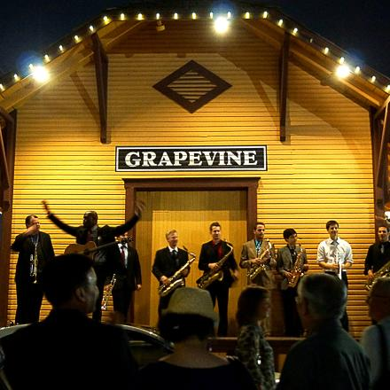 Grapevine-Jazz-Wine-Trains