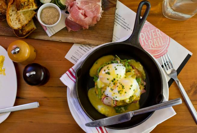 Best Restaurants For Sunday Brunch In Virginias Blue Ridge