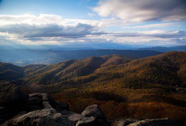 Car Rental Roanoke Va: Visit The 7 Natural Wonders Of Virginia's Blue Ridge Mountains