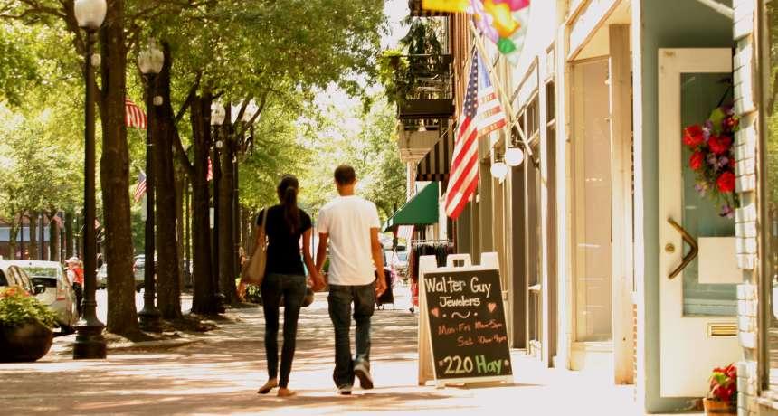 Fayette stroll