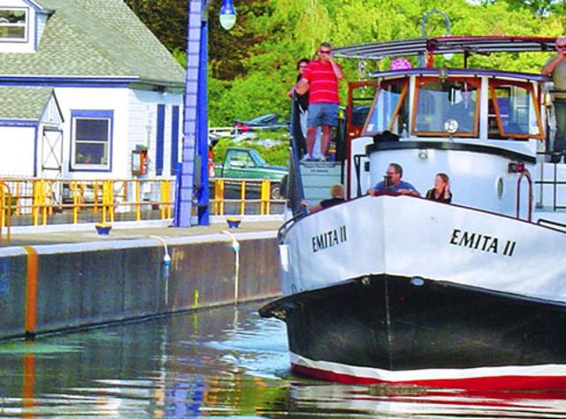 Emita II Lock 24 - Erie Canal - Photo by Mid Lakes Navigation