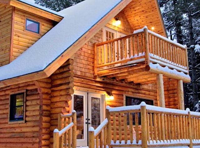 Adirondacks Winter Cabin  - Photo Courtesy of Glamping Hub