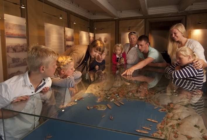 Family fun at the Ibsen-museum in Grimstad