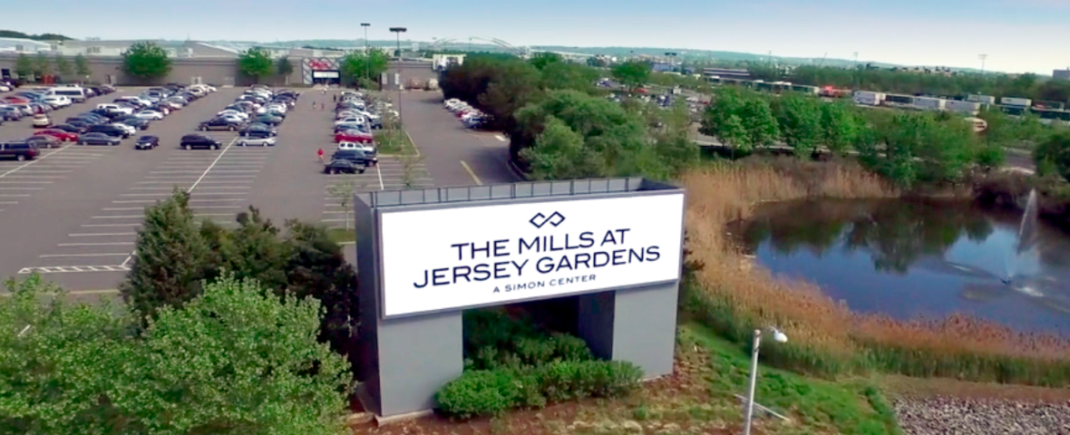 The Mills at Jersey Gardens sign