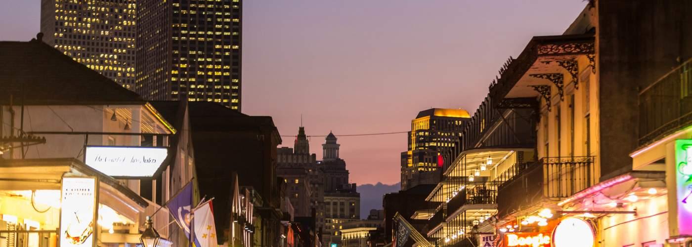Bourbon Street, nightlife