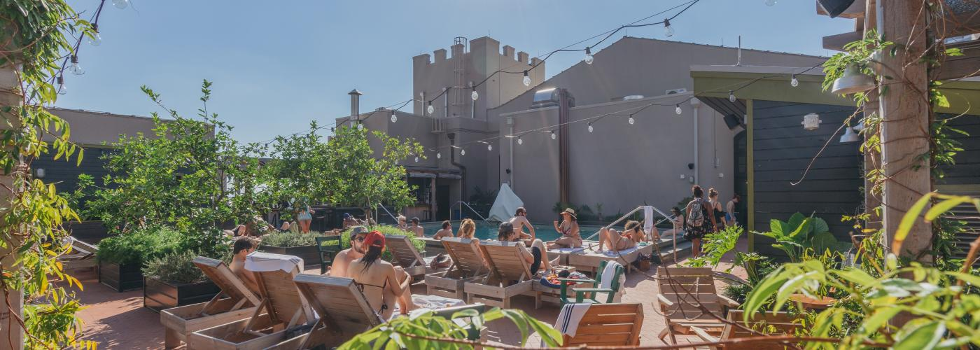 Alto - Rooftop Bar and Pool - Ace Hotel