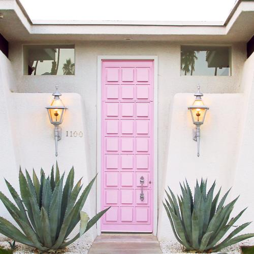 ig spots pink door 1920 web