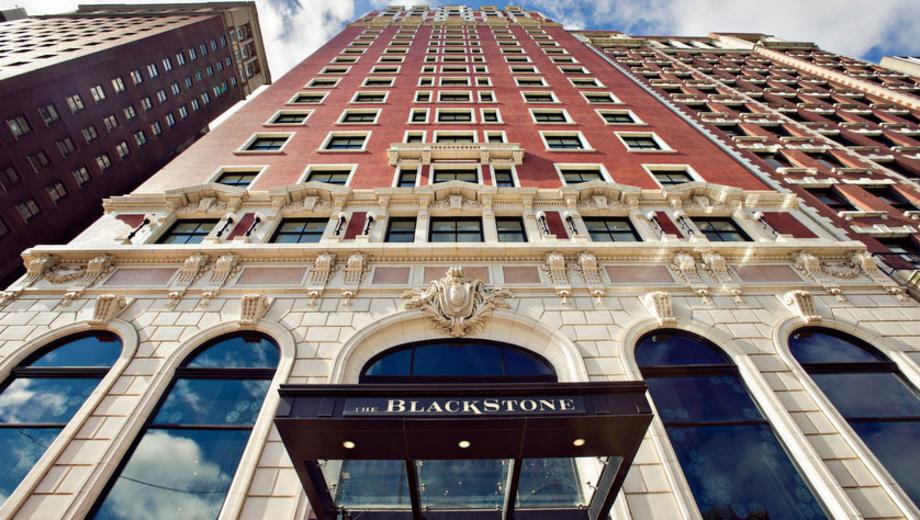 An Overnight Stay At The Blackstone Hotel On Michigan Avenue