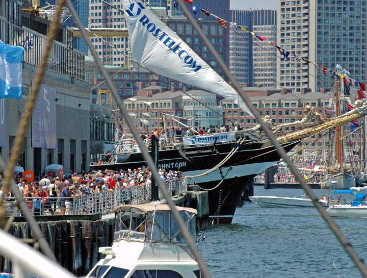 https://res.cloudinary.com/simpleview/image/upload/c_fill,f_auto,h_545,q_65,w_720/v1/clients/boston/Tall_ships_with_crowd_c4f48f65-fba1-4d39-83d4-8985ed50e310.jpg