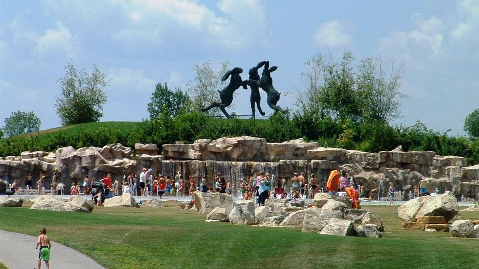 Dancing Hares Splash Pad
