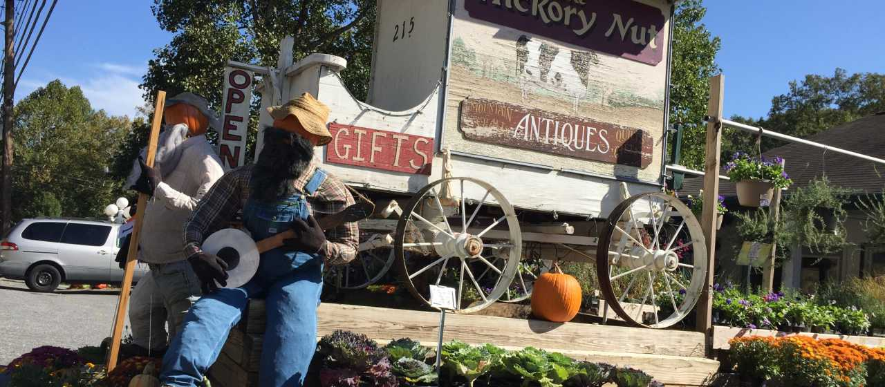 Fall scenery in Chimney Rock Village}