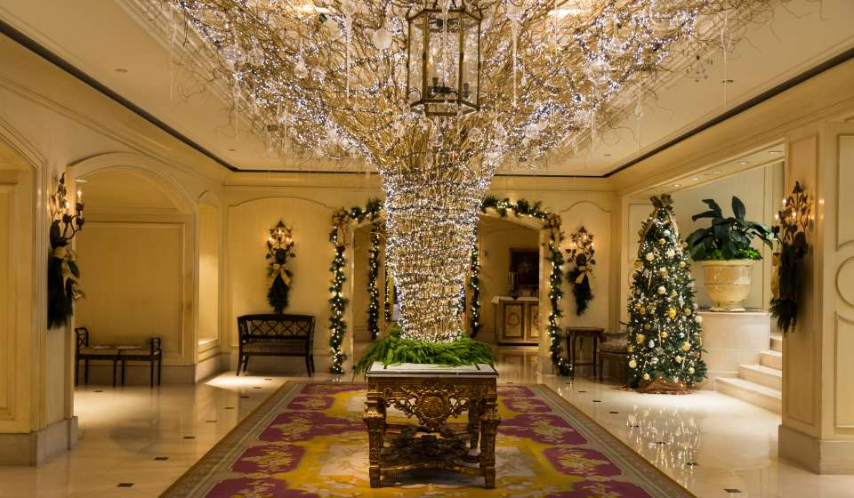 Holiday Lobby at the Ritz Carlton