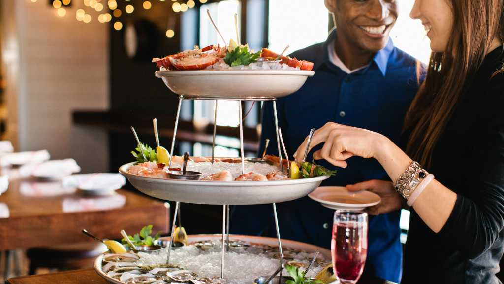 The Deck Is One Of Only Open Air Beachside Seafood Restaurants In Na Beach It Literally Right On Sand Treat Yourself To Tasty Dishes Such