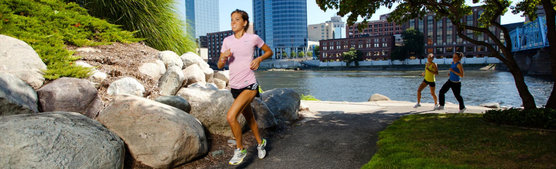 Runners in Grand Rapids