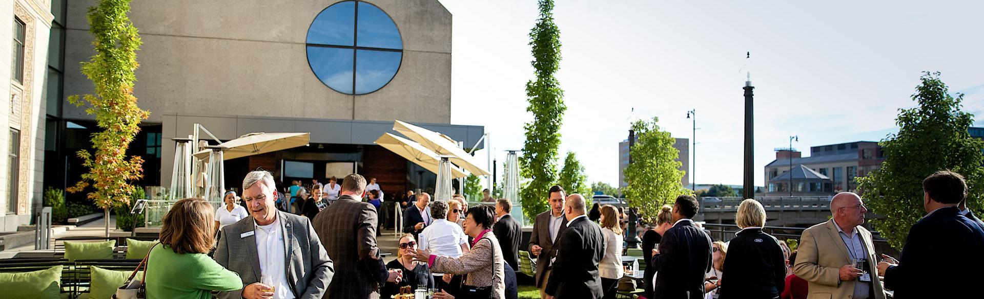 JW Marriott six.one.six. patio