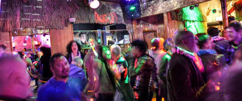 Knews gay nithe clubs at california