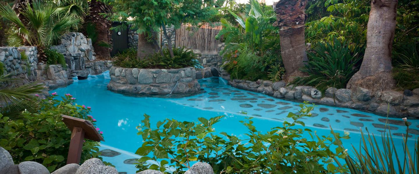 Palm Springs Hot Spring Day Spa