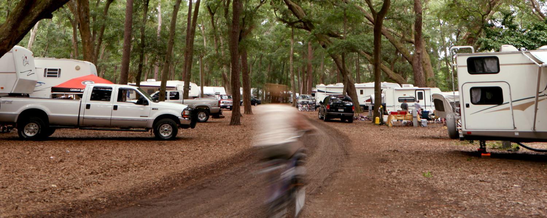 Play_Activities_Camping