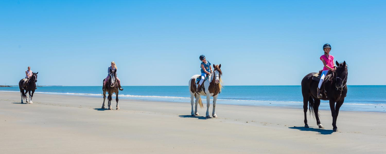 Play_Activities_Horseback Riding