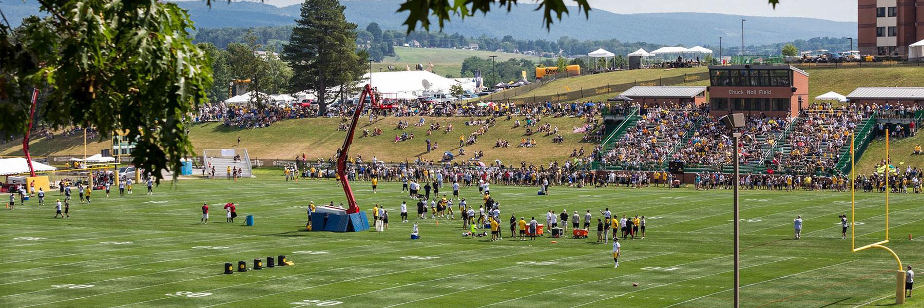 Visit Steelers Training Cam