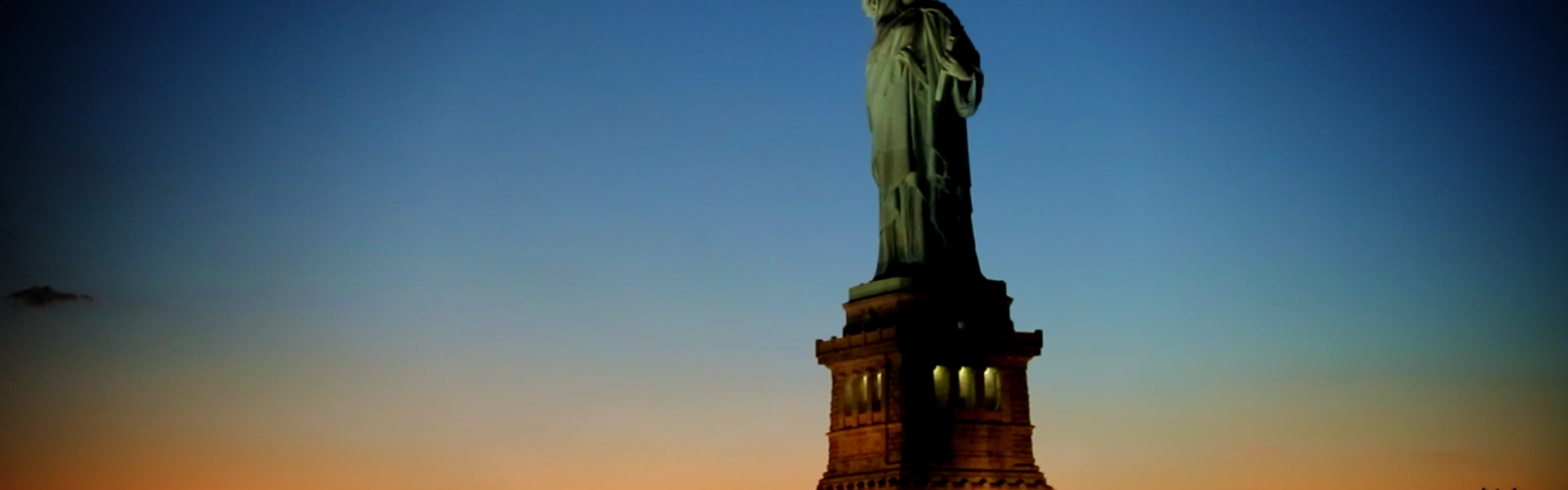 StatueofLiberty_NYC_Screengrab_ICONIC_01